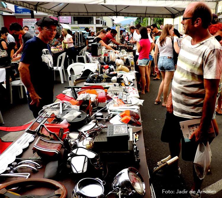 Mercado das Pulgas Gaspar 01