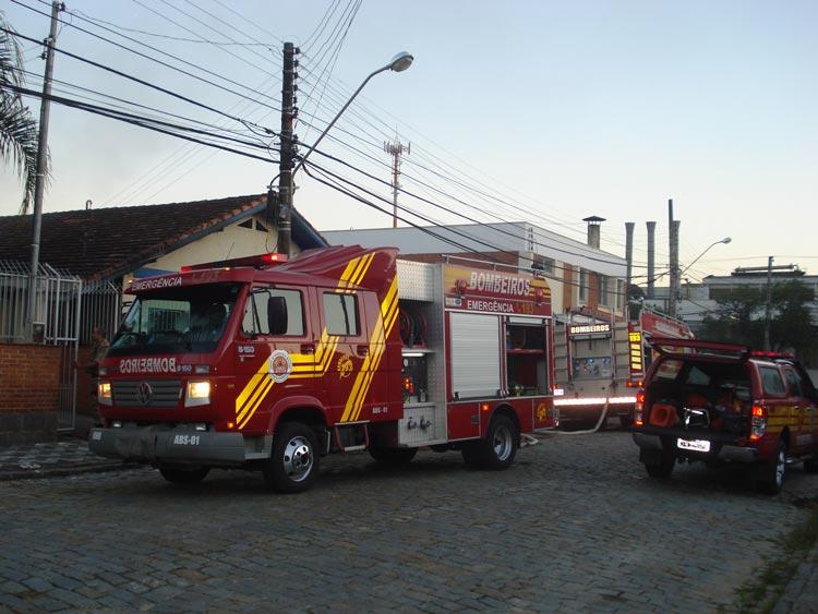 Incendio-R-Carlos-Jensen-02