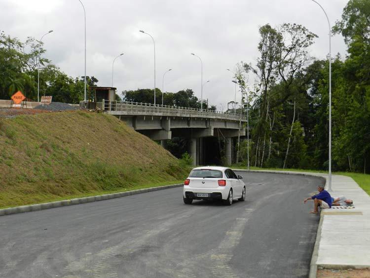 Ponte_cheias_Badenfurt_9-6-14_12