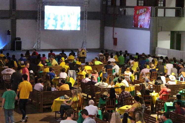 jogo-brasil-Vila-Germanica