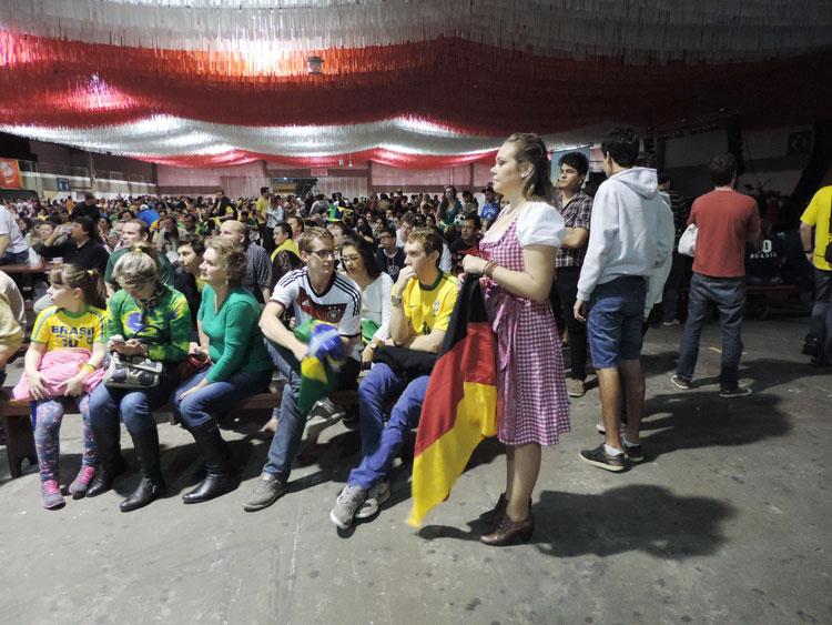 Dia-Jogo-Brasil_8-7-14_11