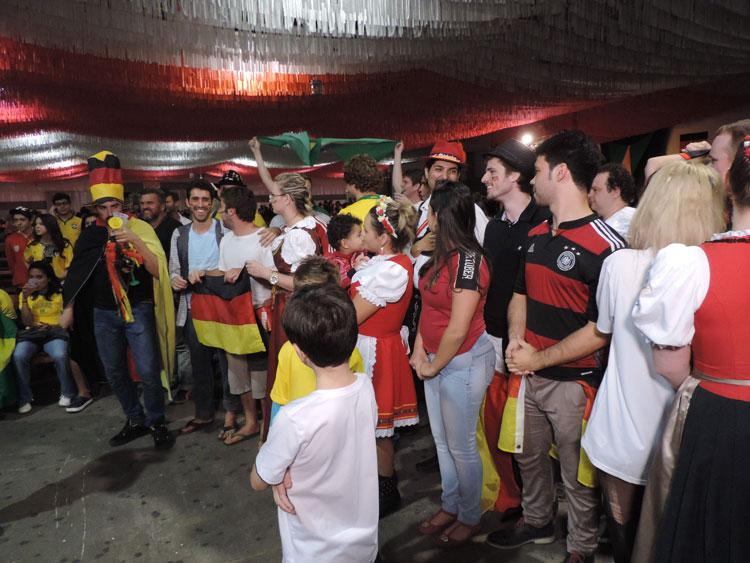 Dia-Jogo-Brasil_8-7-14_20