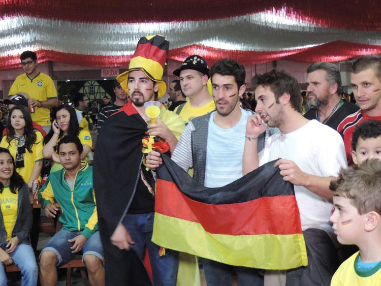 Dia-Jogo-Brasil_8-7-14_21