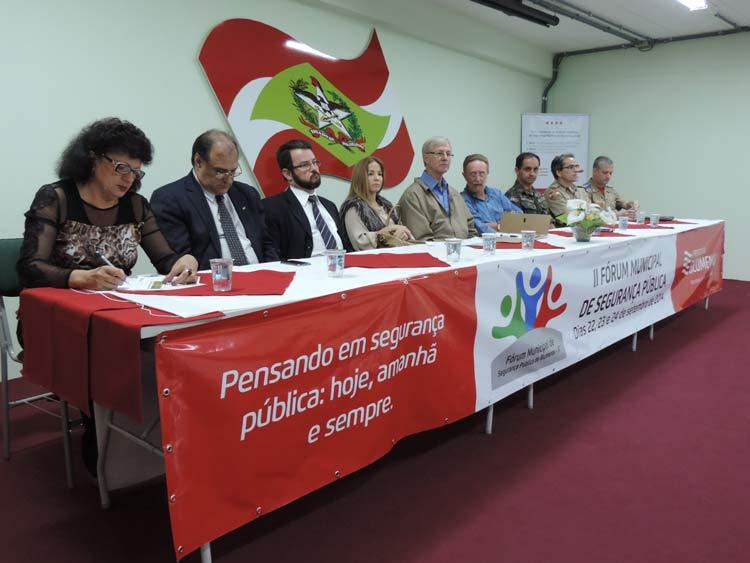 Forum seguranca publica 22-9-14 (12)