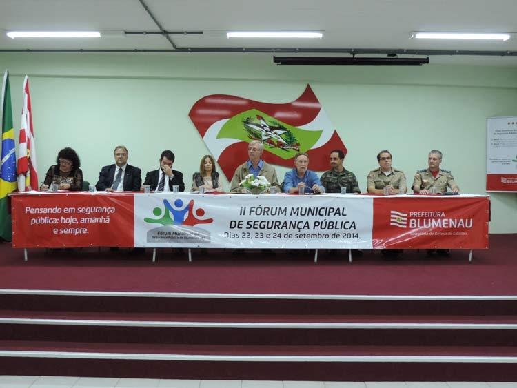 Forum seguranca publica 22-9-14 (13)