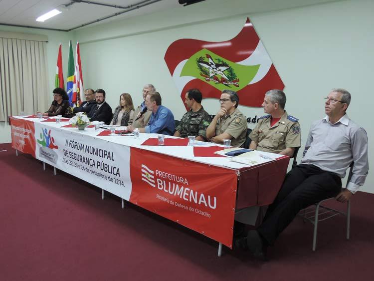 Forum seguranca publica 22-9-14 (23)