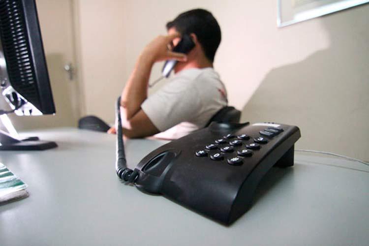 golpe-telefone