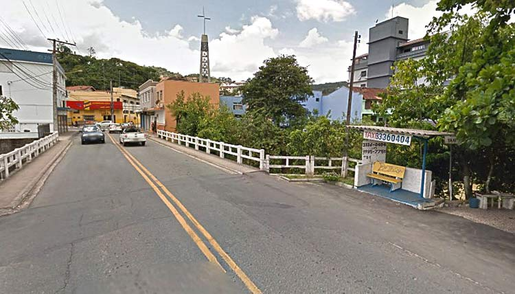Local onde o assaltante foi detido | Google Maps Jan 2014