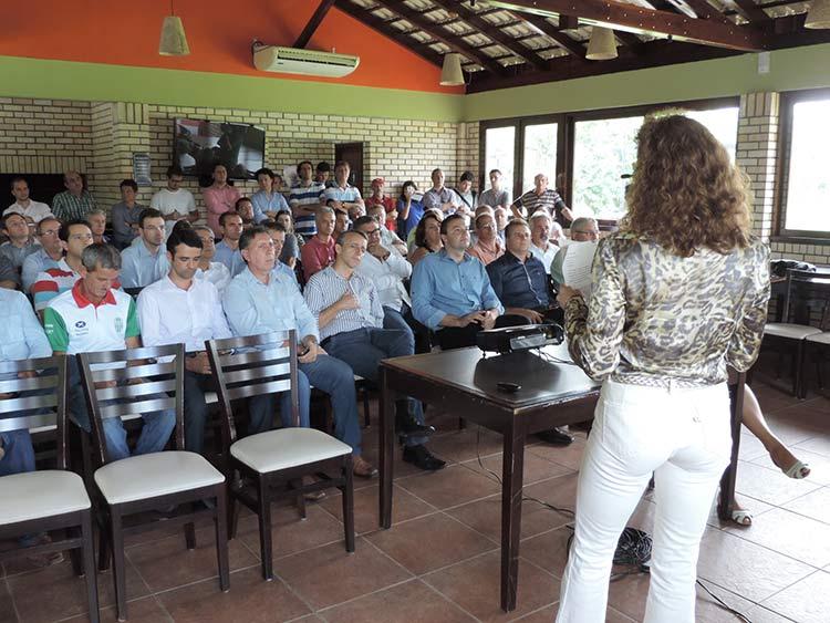 Parque Alcantaro Correa 6-3-15 (13)