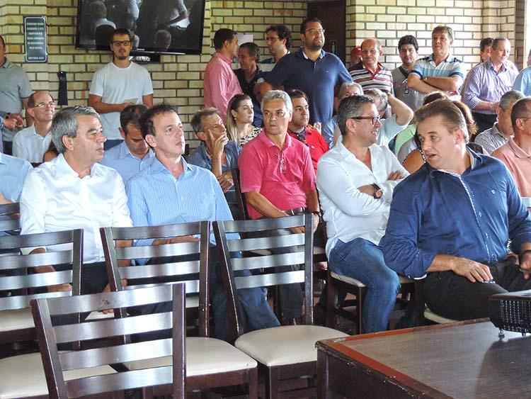 Parque Alcantaro Correa 6-3-15 (2)