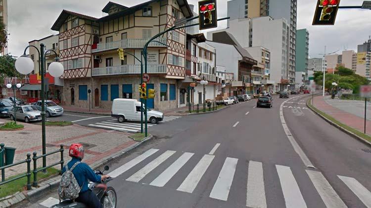 Google Maps (Street View) | Maio 2012