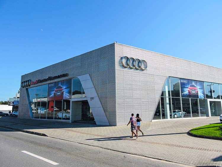 Audi 9-6-15 (1)