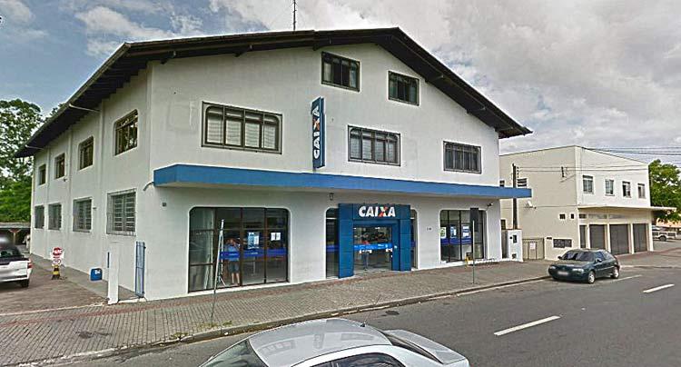 Google Maps (Street View) | Janeiro 2014
