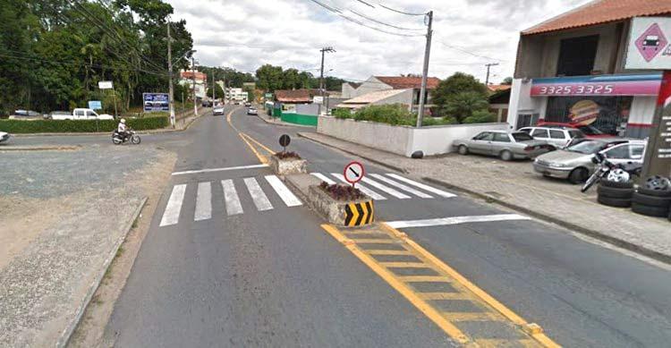 Google Maps (Street View) | Abril 2012