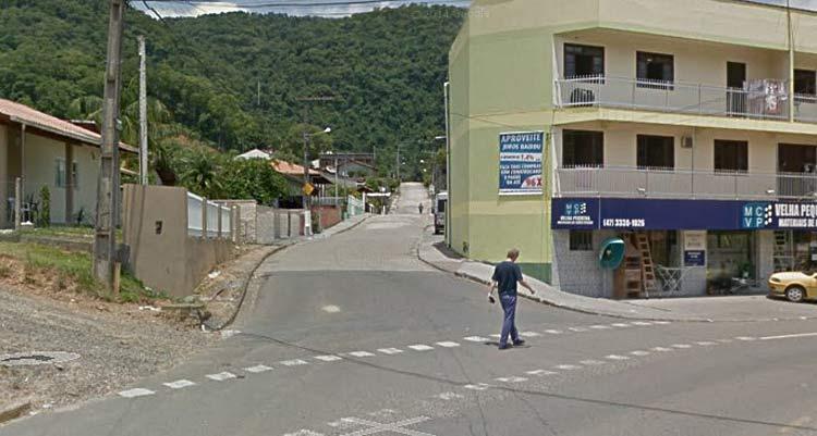 Rua José Raulino | Google Maps (Street View) | Fevereiro 2014