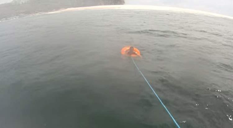 Resgate-naufrago_Panama_02a