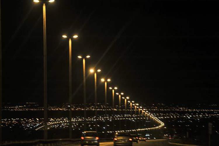 No Brasil, o programa Luz para Todos tem por objetivo  levar energia eléterica para todas as regiões do país | Foto: Marcello Casal  JR / Arquivo / Agência Brasil