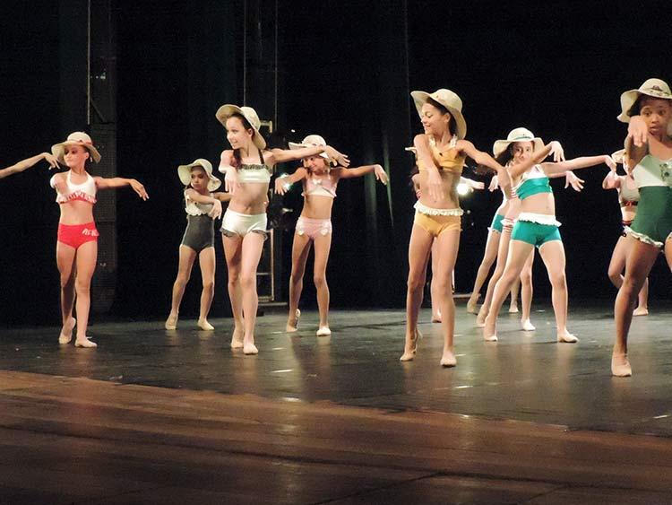Festival Dança Blu-Joinville 29-7-15 (103)
