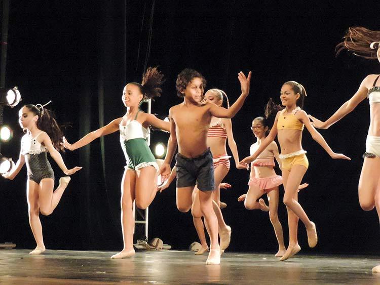 Festival Dança Blu-Joinville 29-7-15 (104)