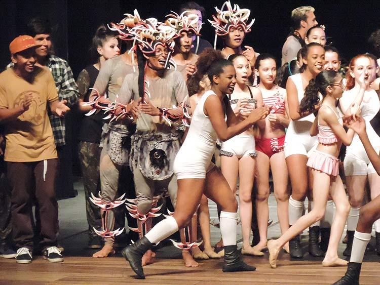 Festival Dança Blu-Joinville 29-7-15 (116)