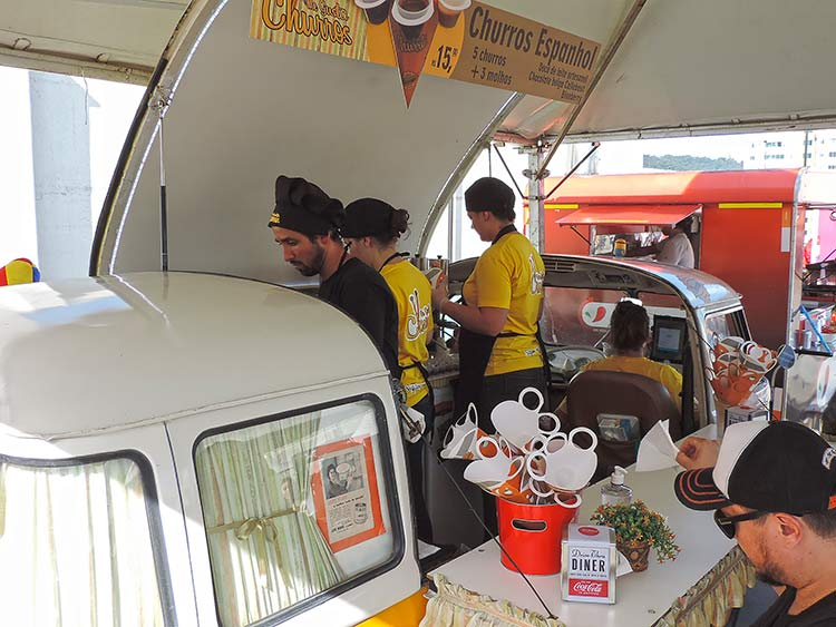 Food Trucks Park Europeu 11-7-15 (17)