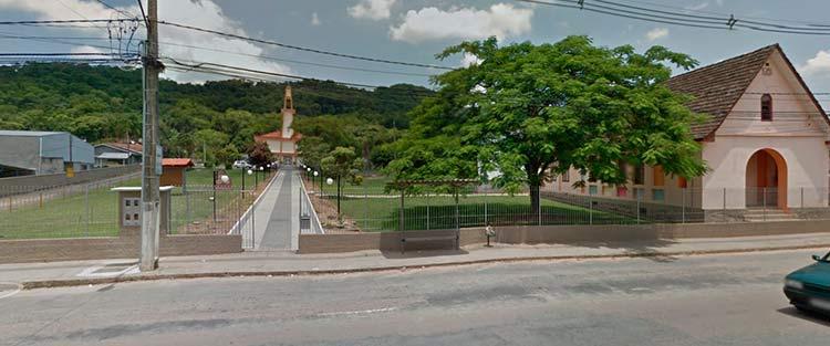 Igreja-Caminho_Paroquia-Velha-Central