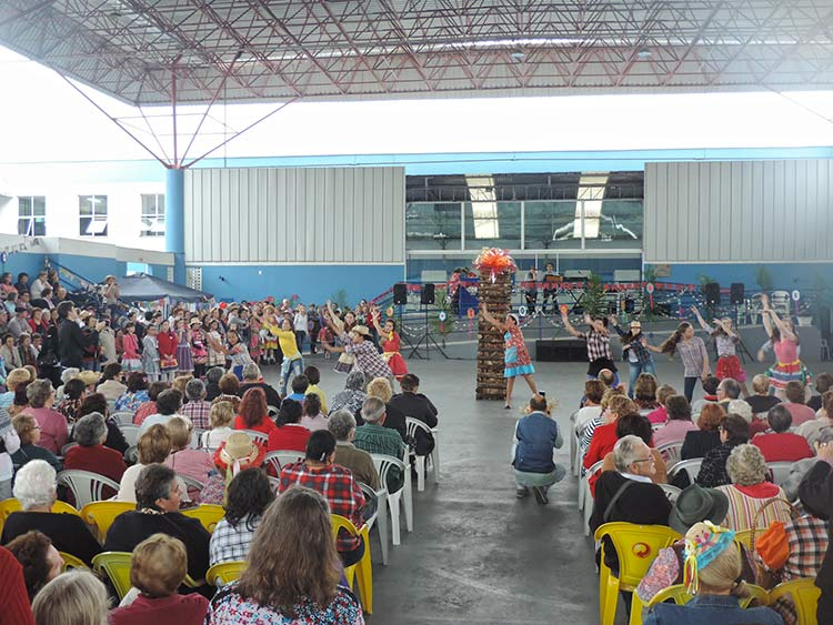 Pro-Familia Festa Julina 15-7-15 (44)
