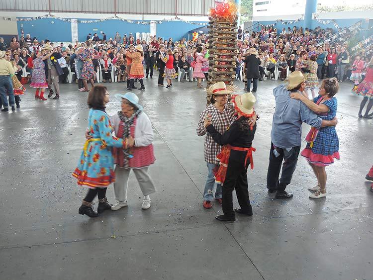 Pro-Familia Festa Julina 15-7-15 (51)