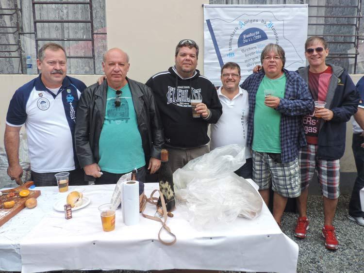 Grupo de amigos vindos do Rio de Janeiro, para conhecer o Stammtisch da Vila