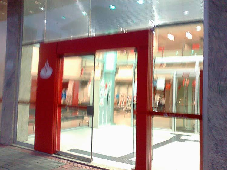 caixa-eletronico_Santander_29-7-15_02