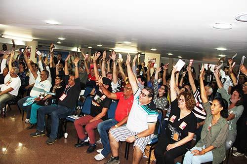 Servidores do INSS e Ministério da Saúde aprovam greve a partir do dia 7 de julho em Plenária Nacional da Fenasps que ocorreu em Brasília, no dia 4 de Julho   Foto: divulgação