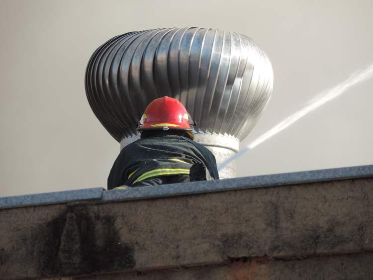 Incendio-Blukit_3-8-15_57