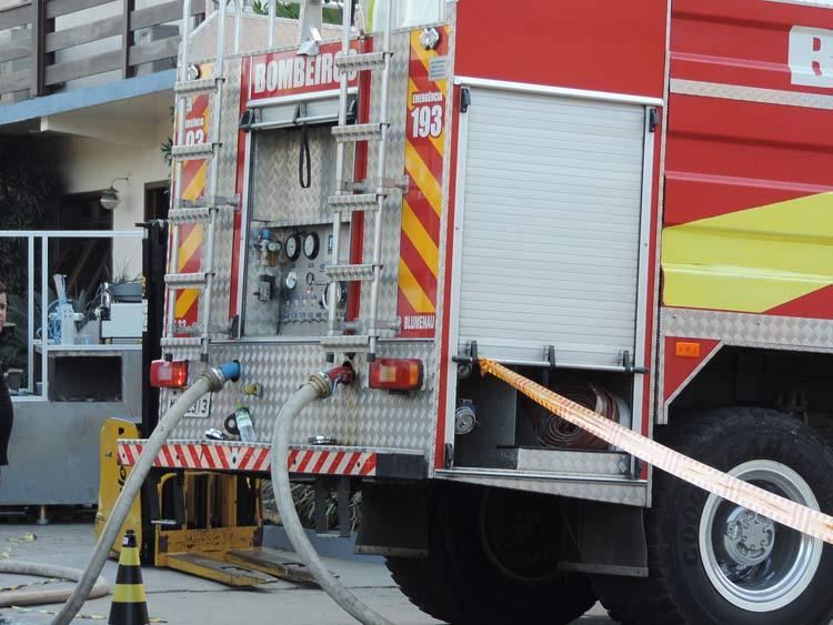 Incendio-Blukit_3-8-15_63