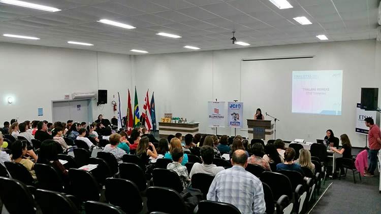 Concurso-Oratoria-Escolas_24-11-15_04