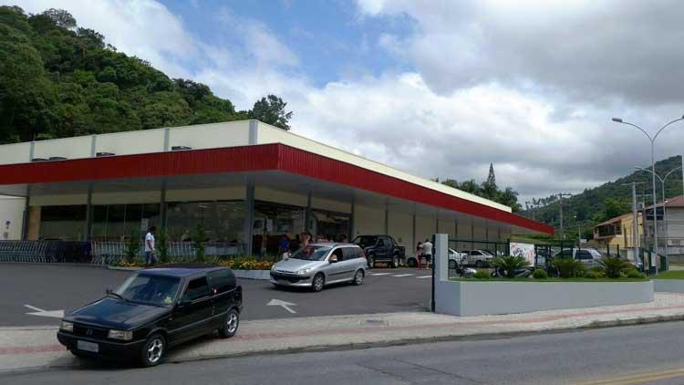 Assalto-Supermercado_26-12-15_04