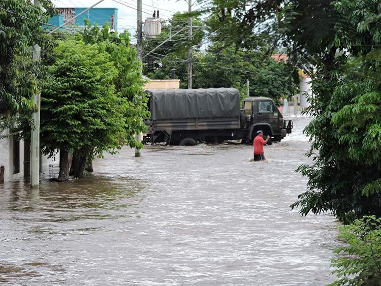 Enchente-Uruguaina_25-12-15_02