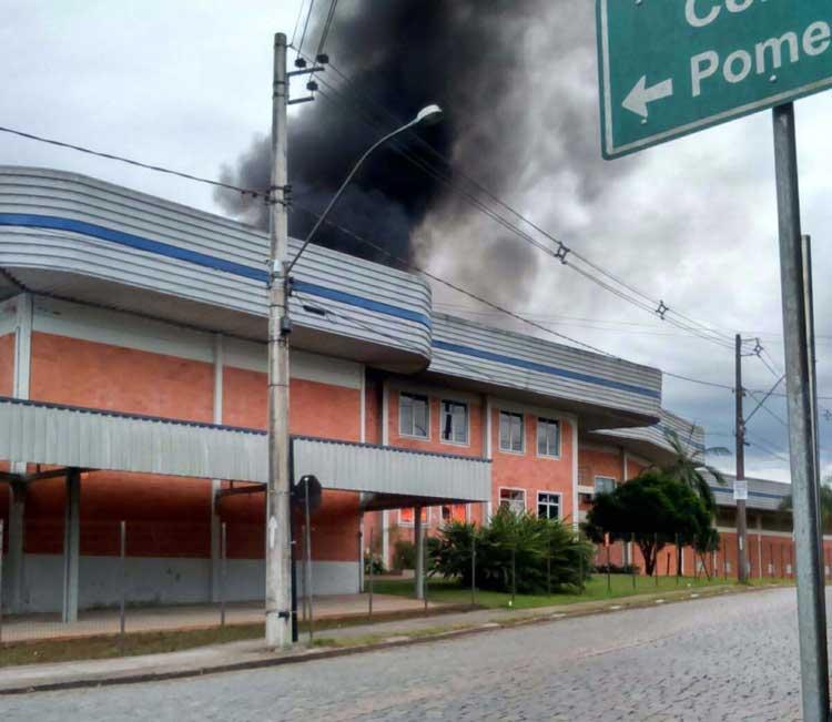 Incendio_Fakini-Malhas_19-12-15_01