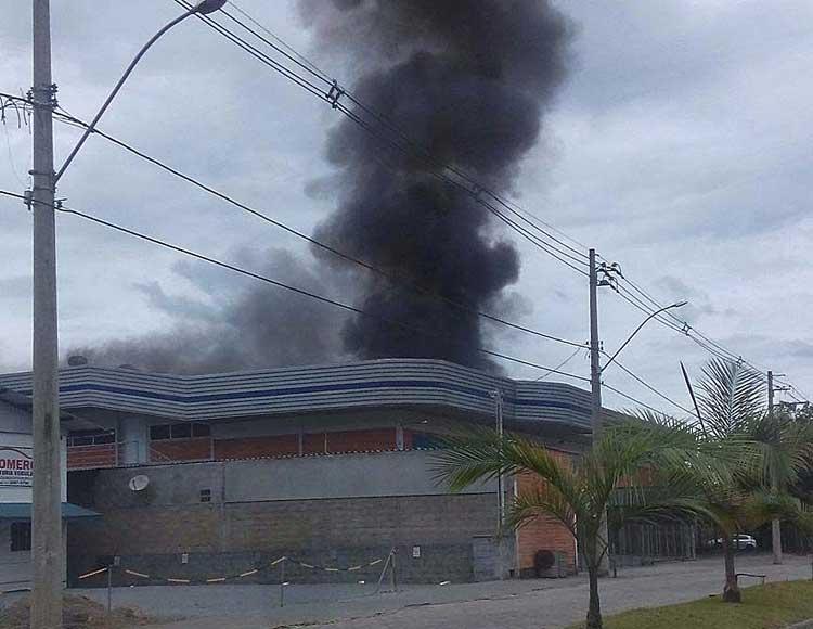 Incendio_Fakini-Malhas_19-12-15_02