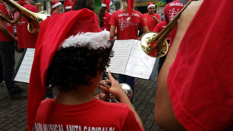 Super-Sabado_Banda-EBM-Anita-Garibaldi_12-12-15_04