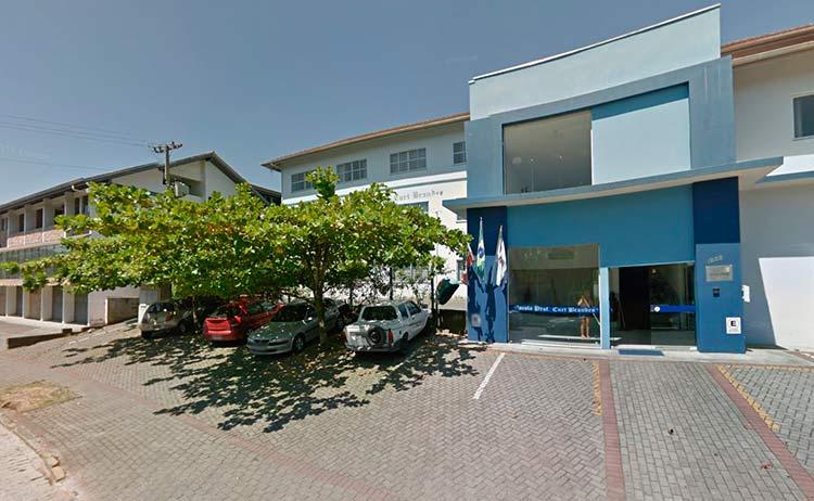 Escola Profº Curt Brandes   Imagem: Google Maps (Street View) Janeiro 2014