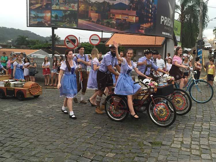 Festa Pomerana desfile 14-01-16 (12)