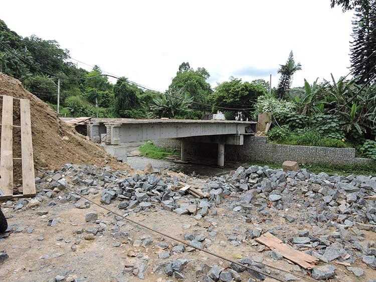 Obras ponte R Mariane Bronemann 12-01-16 (4)