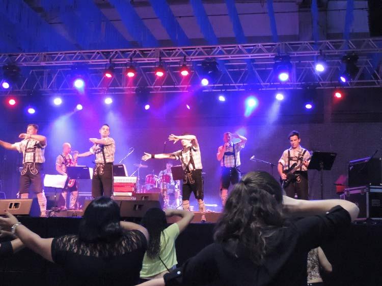 Sommerfest 22-101-16 (13)