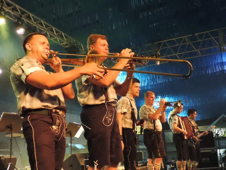 Sommerfest 22-101-16 (5)
