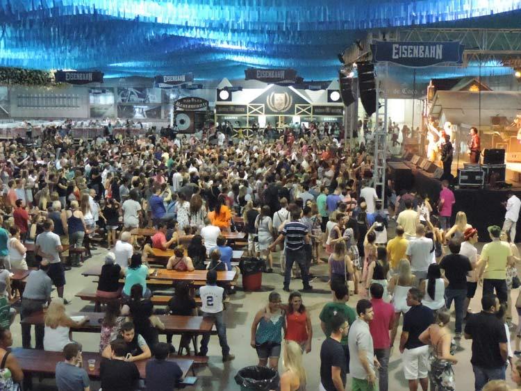 Sommerfest 22-101-16 (64)