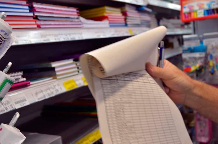papel-pesquisa-material-escolar