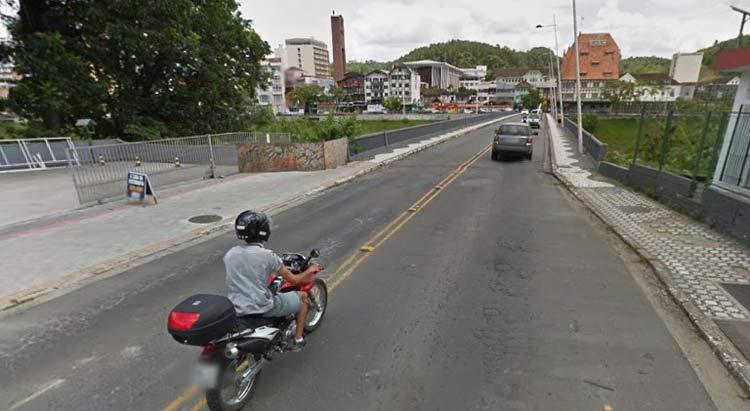 Imagem: Google Maps (Street View)   Janeiro 2014