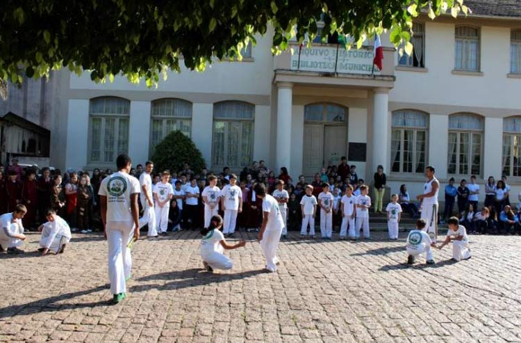 Capoeira_Ibirama_21-5-16_01