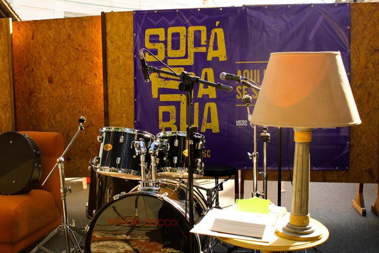 Sofa-na-Rua_Julho2016