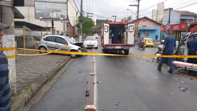 acidente_r-amazonas_01-10-16_03